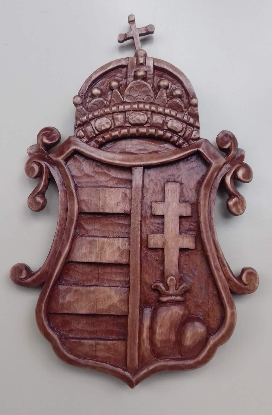 Nagymagyarország ,koronás címer